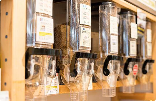 コーヒー豆の量り売りコーナー